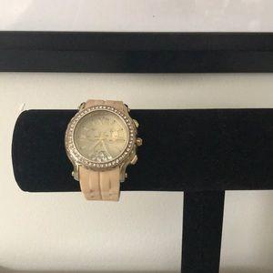 🌿 francesca's watch